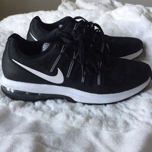 Nike Fitsole black and white size 7.5
